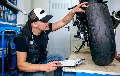 un disque de frein pour moto